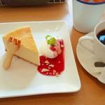 kaerucafe - ニューヨークチーズケーキ400円