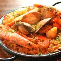 ポロン ポロン - 【一番人気】バレンシア名物生米から炊き上げるシーフードの旨味たっぷりパエリャ