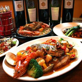 お料理との愛称抜群のワインをお楽しみください。