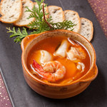 ラズリ銀座店 グリル ステーキ 産直有機野菜 ランチビュッフェ - 小海老と牡蠣のアヒージョは干し海老の風味が効いてます