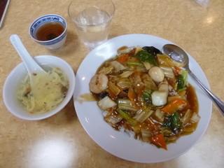 中国料理 好来 - 中華丼¥500