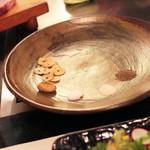 神戸牛ステーキ Ishida. - このお皿に焼き物類が乗せられていきます。  '13 10月下旬