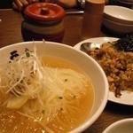 22159500 - 冷麺、肉めしチャーハン