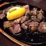鳥蔵 - 薩摩地鶏鉄板焼き