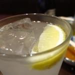焼鳥鳥末 - レモンサワーr400円