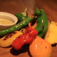 HiDE - マキノファーム産野菜のグリル ディップ添え