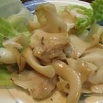 居酒屋海猫 - 白バイ(バイ貝のバター醤油炒め)400円