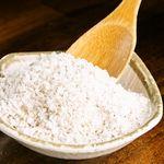 韓国料理マニト - こだわりの天然塩。調味料ひとつひとつオーナーが厳選。