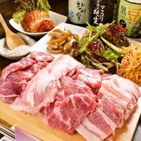 韓国料理マニト - 一番人気の豚の塩焼き!1580円★彡野菜のお替り自由!!
