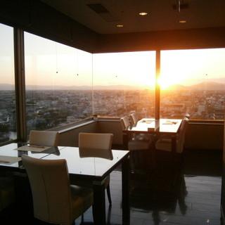 眺めも抜群♪天気の良い日には夕陽もご覧いただけます!