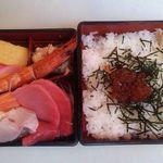 田舎鮨本陣 - 料理写真:5段階のお寿司セットが選べます