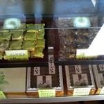 吉野屋 菓子舗 - カステラの他にも美味しい御菓子が並んでいます