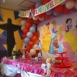 サボロザ - 例)女の子のお誕生日フェスタの店内装飾です。