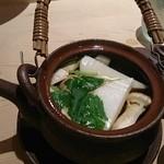 すしの大観 - 松茸の土瓶蒸し