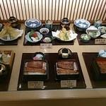 味乃宮川 - ディスプレー