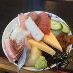 22177354 - 海鮮丼