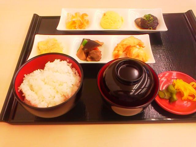 せんぱいの店 松阪駅前食堂