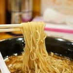 ラーメン龍太郎 - 麺のアップ