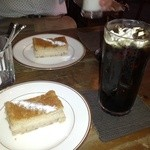 かうひいや3番地 - 栗のケーキ&アイスコーヒー