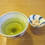 三友居 - お茶とお茶菓子