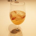 銀座 ハプスブルク・ファイルヒェン - オープストヴァイン(1200円・サ別) 自家製サングリア白