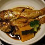 博多魚がし - のどぐろ、ちょっと小ぶりののどぐろが2匹。前回の夜は少し大きいが、1匹で、2500円は、ちょっとありえない高額な請求でした。