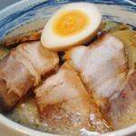 味噌蔵 麺次郎 - ラーメン