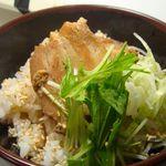 味噌蔵 麺次郎 - つゆだく角煮丼