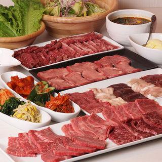 熟成和牛や希少部位など美味しいお肉をご用意しております!