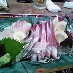 Uogashisakabaekimaehamaken - 刺身盛り