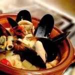 バレーナ - 料理写真:ムール貝と豆のパスタ
