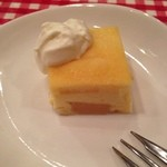 22190967 - デザート♡洋梨のケーキ