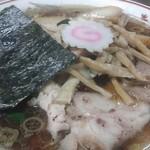 青島食堂 - 青島チャーシュー大盛@¥850 メンマ¥50増