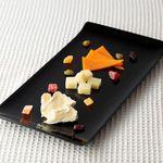 チーズ de トマト - 今月のチーズ3種の盛り合わせ
