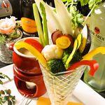 旬の彩り野菜のバーニャカウダ