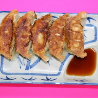 毎週日曜日、餃子が100円!