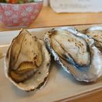 うみひこ やまひこ - 今日も坂越産殻付き焼牡蠣(2013.10.31)