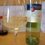 うみひこ やまひこ - グラスワイン白、南アフリカ産ホニャララ(2013.10.31)