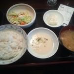 ます家 芝大門店 - 麦とろ定食¥500