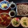 山志多 - 料理写真:Cランチ(ミニまぐろ丼+お蕎麦)