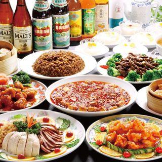エビチリや四川マーボー豆腐など入ったお得な全10品+飲み放題
