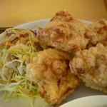生香楼 - 鶏唐揚げアップ