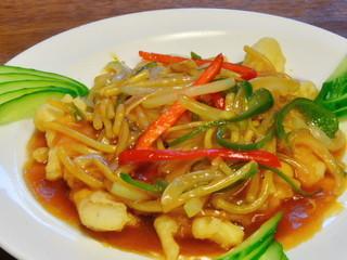 台湾料理 味鮮館 - ◆揚げ魚の甘酢かけ 「880円」