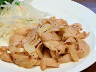 台湾料理 味鮮館 - ◆豚トロ黒胡椒の炒め 「780円」