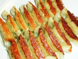 台湾料理 味鮮館 - ◆焼餃子 「350円」