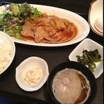 鶏の匠 - 豚ロース生姜焼き定食