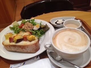 ブーランジェリー ブルディガラ 大阪店 - 2013年11月カプチーノ・ミニスープ・コーヒーゼリー