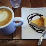 ライトハウスコーヒー - カフェラテとチーズケーキ(2013/10)