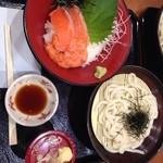 築地食堂 源ちゃん - サーモン丼うどんセット