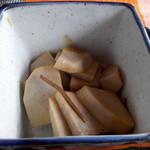 ナツメグ - ナツメグ 小鉢(里芋)アップ